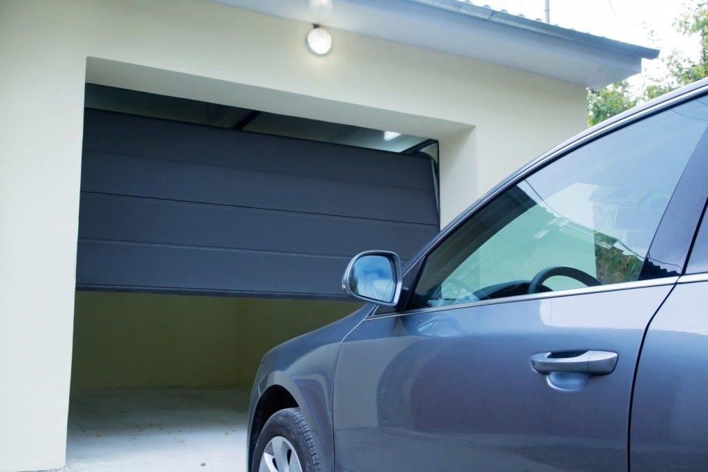 garage door opening for car