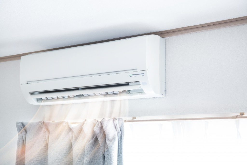 Air conditioner blowing air
