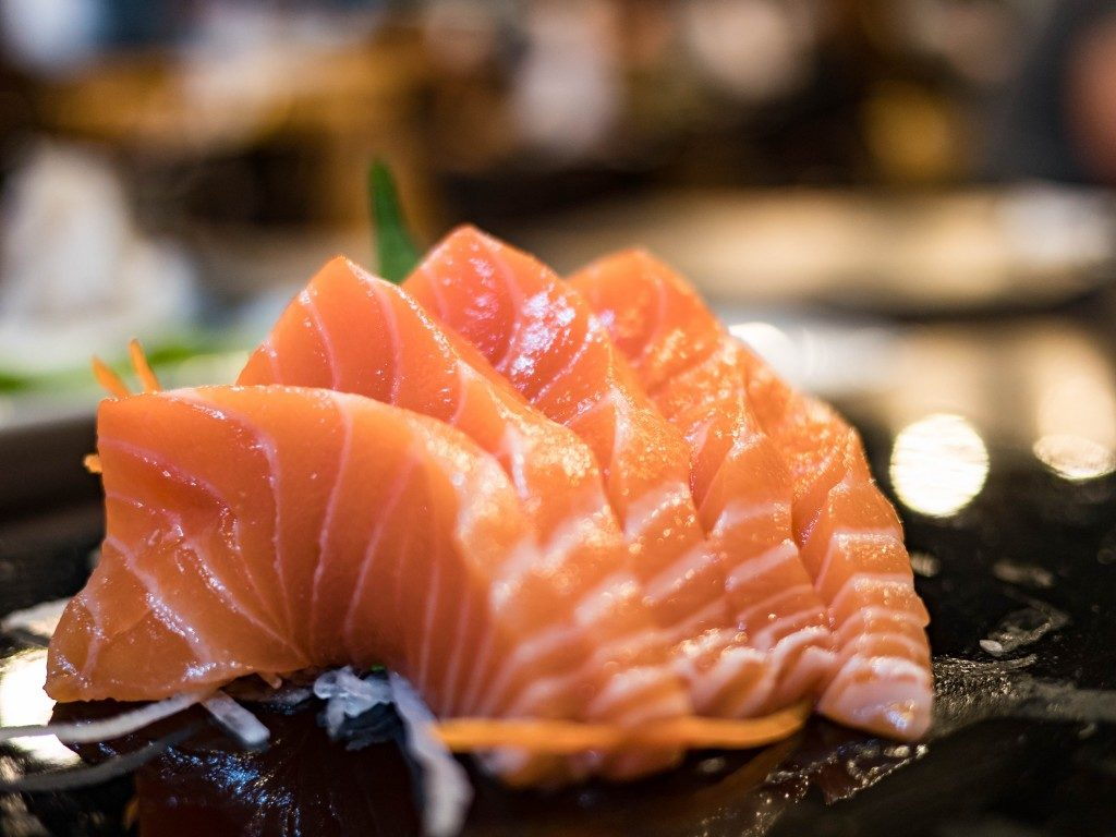Salmon sashimi with bokeh